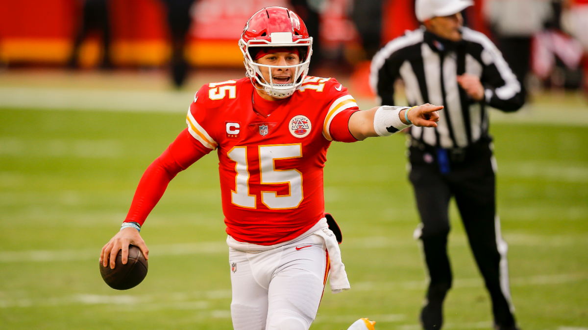 Patrick Mahomes Clyde Edwards-Helaire Sammy Watkins take part in Chiefs' Wednesday practice – CBS Sports