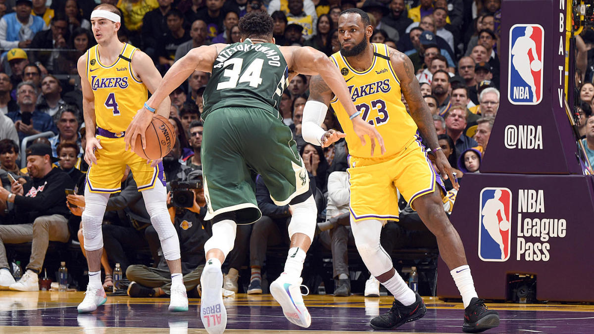 Lakers vs. Bucks score: Live updates as LeBron and Co ...