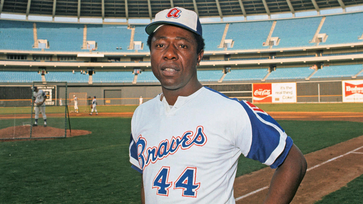 Hank Aaron Hall of Famer and former baseball home-run king dies at age 86 – CBS Sports