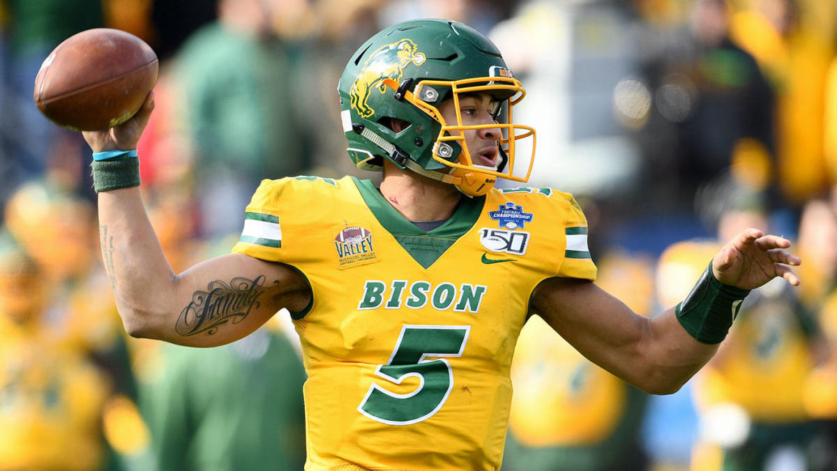 2021 NFL Mock Draft: Lions replace Matthew Stafford, Broncos also grab QB, 49ers land best receiver in class