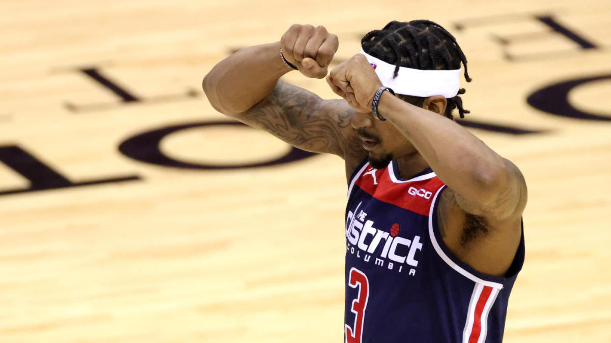 <p>Wizards' Bradley Beal becomes first player to lose 10 straight 40-point games and his frustration is clear thumbnail