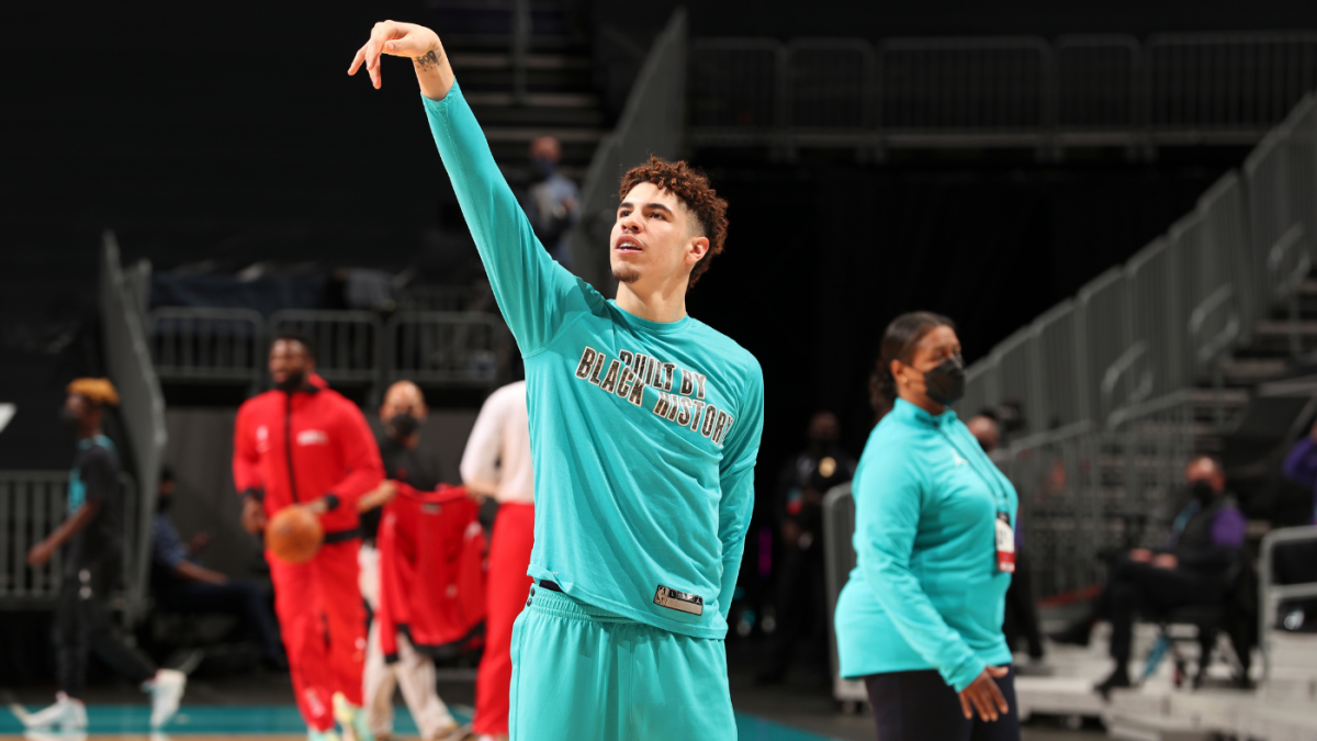 LaMelo Ball becomes youngest player ever to make seven 3-pointers in single game as hot streak continues - CBS Sports