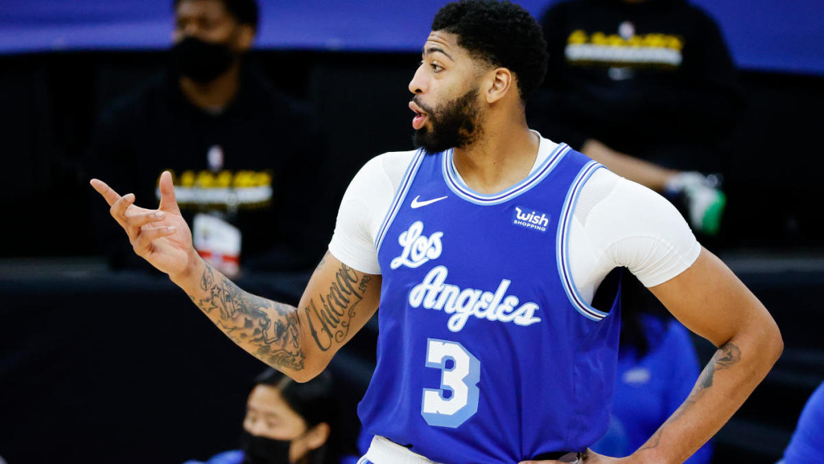 Anthony Davis injury update: Lakers star returns to practice after missing two games with Achilles tendinosis