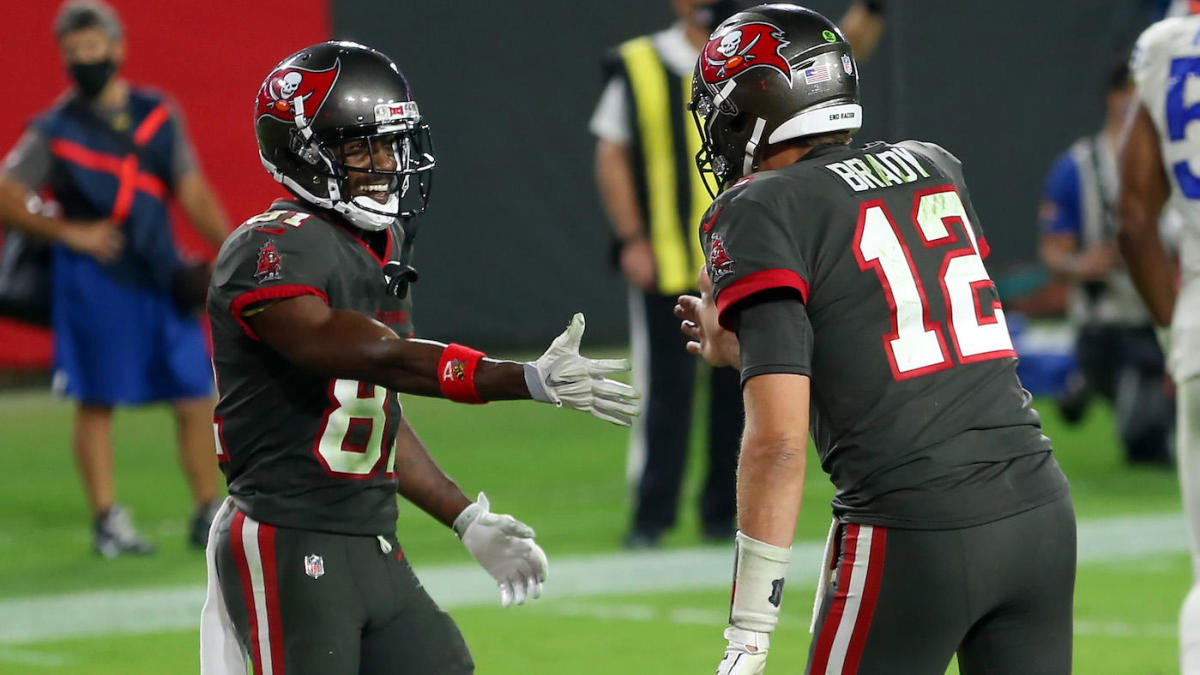 <p>Buccaneers' Larry Foote States Antonio Brown helped change the culture in Tampa, Contrasts him to Tom Brady thumbnail