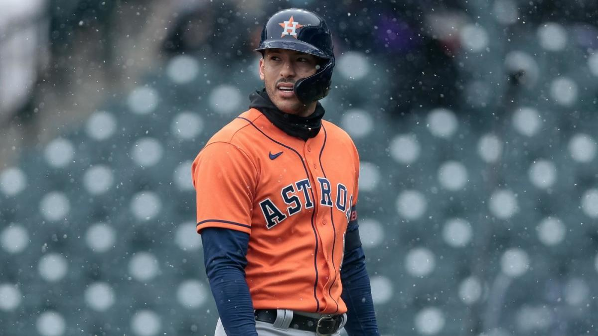 Astros place Carlos Correa on injured list due to health and safety protocols