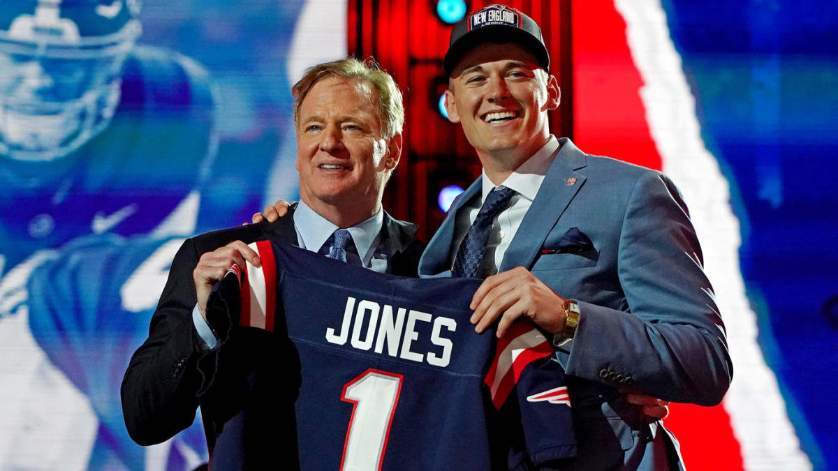 Mac Jones to New England: Three things to know, scouting report on Patriots  first-round pick at 2021 NFL Draft - CBSSports.com