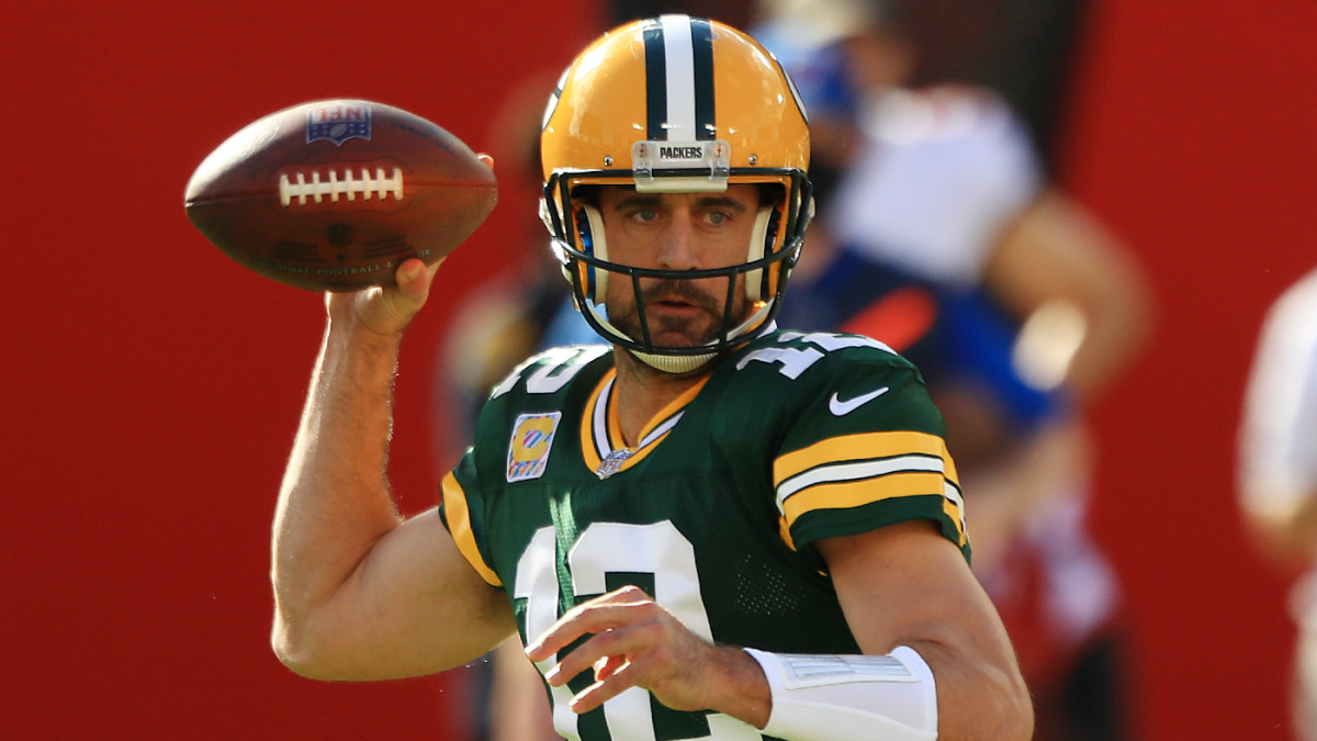 Aaron Rodgers not present at start of Packers' mandatory minicamp amid feud with front office per report – CBS Sports