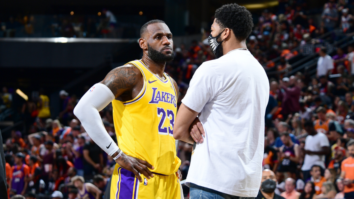 Lakers vs. Suns score takeaways: LeBron James Los Angeles dominated in Game 5 with Anthony Davis sidelined – CBSSports.com