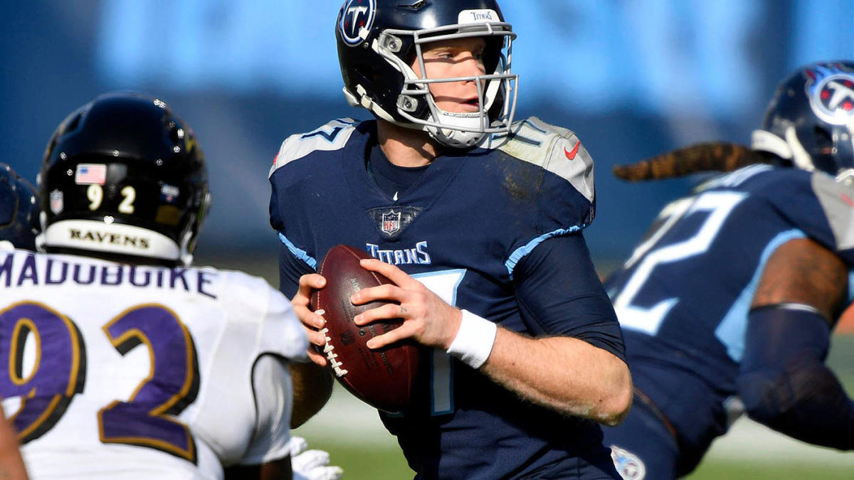 Fantasy Football: June Superflex mock draft reveals quite different approaches to getting your quarterbacks thumbnail