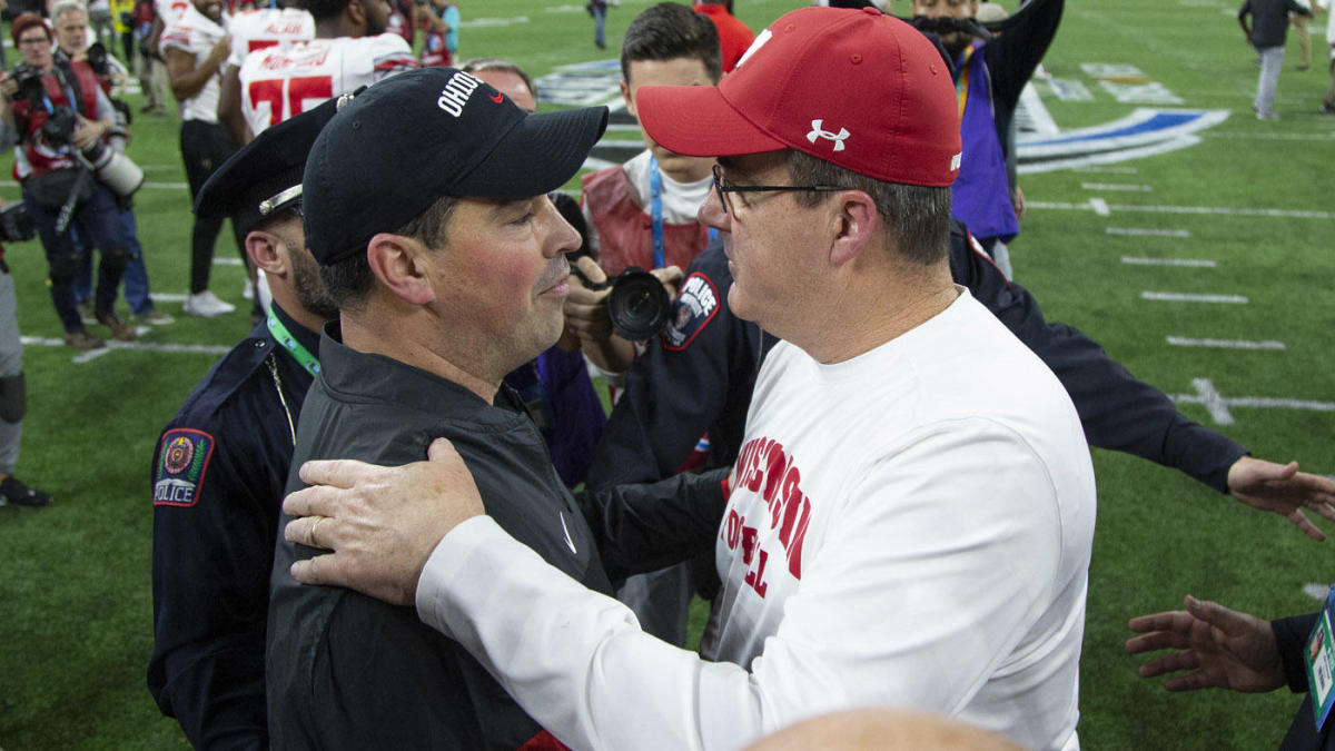 2021 Big Ten win totals, odds, picks: Predictions for each team as Ohio State, Wisconsin face big numbers