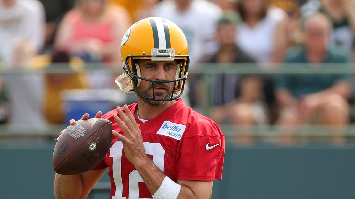Details of Aaron Rodgers' revised Packers contract, plus Colts' Carson Wentz is already dealing with an injury - CBS Sports