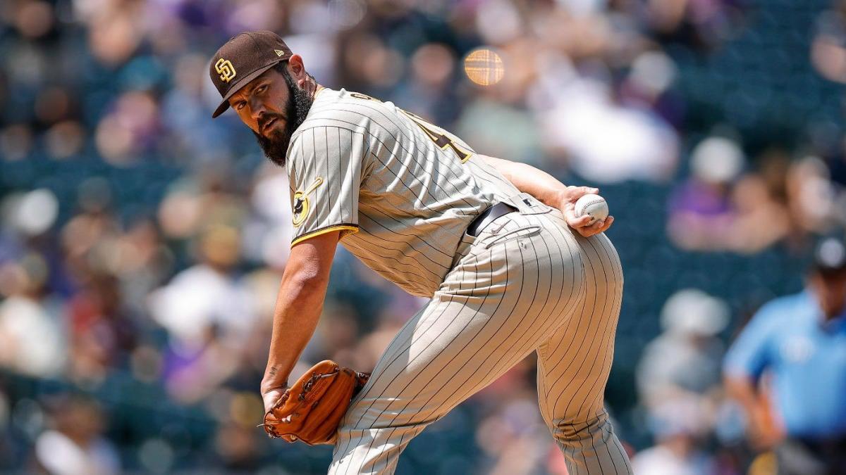 Jake Arrieta permite cinco carreras en el debut de los Padres acortado por lesiones;  Los Rockies terminan barrida de la espiral de San Diego