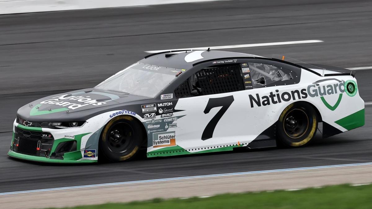 Corey LaJoie se perderá NASCAR en Michigan debido a los protocolos COVID, Josh Berry conducirá el auto No. 7, según informes