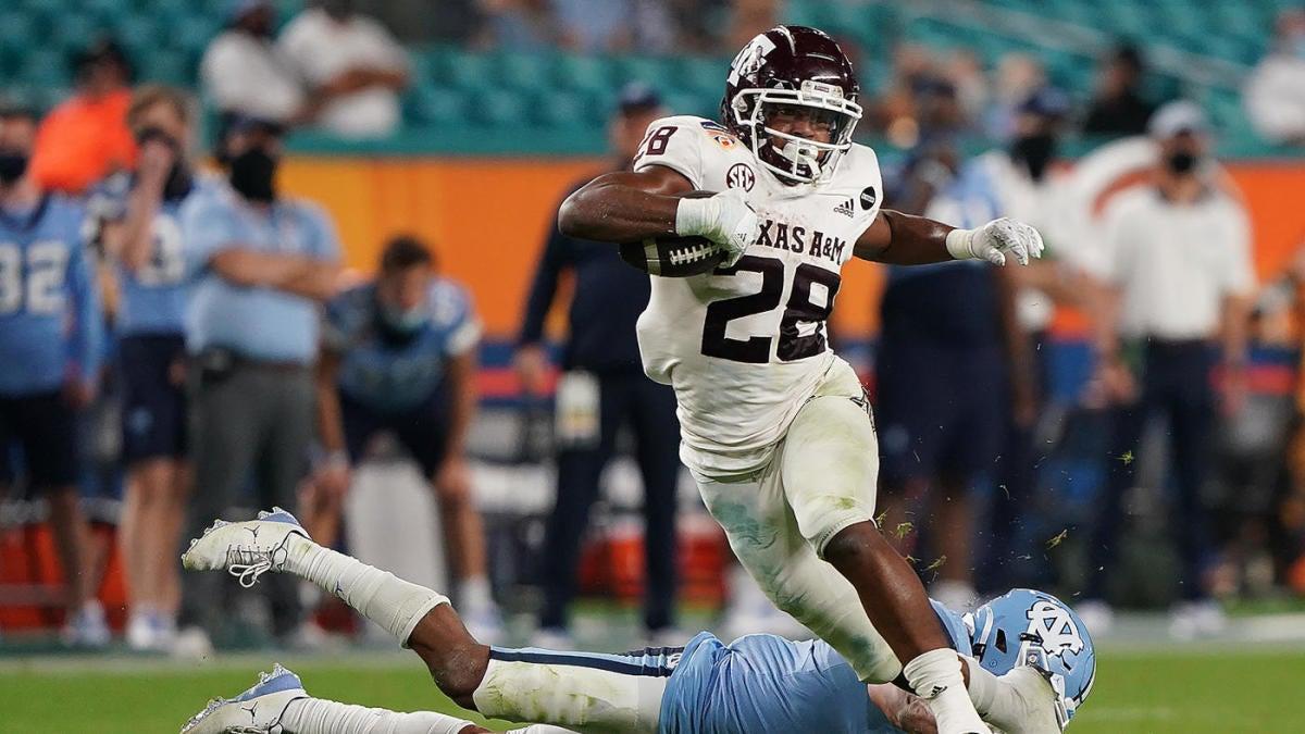 Probabilidades de Texas A&M vs.Kent State, línea: selecciones de fútbol americano universitario de 2021, predicciones de la semana 1 del modelo probado