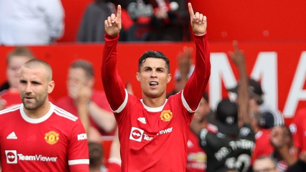 Cristiano Ronaldo goals: Superstar scores twice in Manchester United debut,  sends Old Trafford into a frenzy - CBSSports.com
