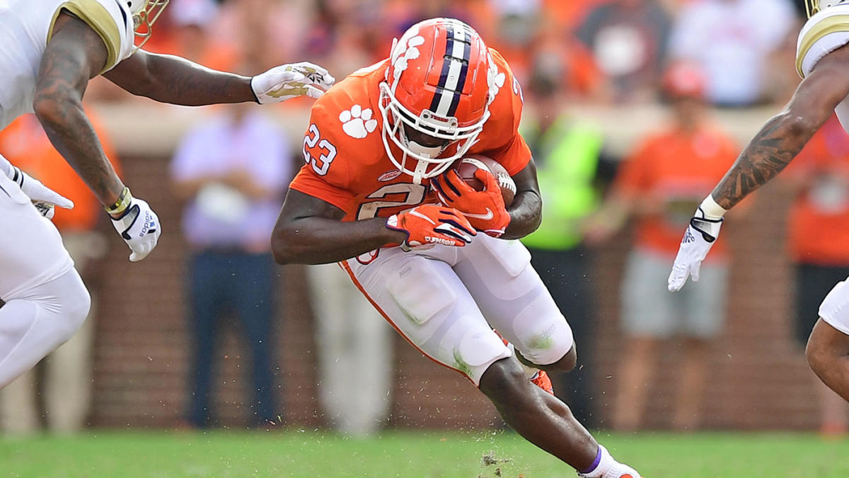 Laces Out: The coach who never punts gets humbled, Clemson's offensive ineptitude continues