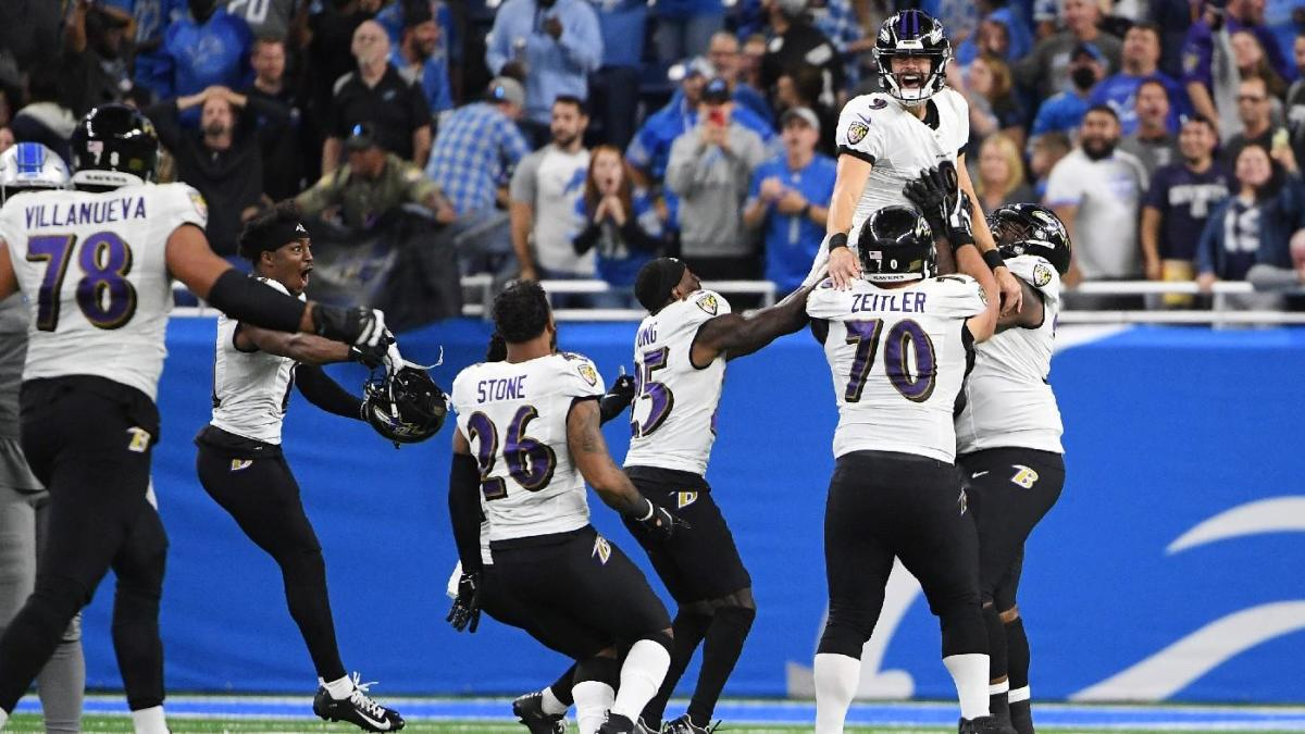 Ravens' Justin Tucker stuns Lions with NFL record-setting 66-yard field goal on final play of game – CBS Sports