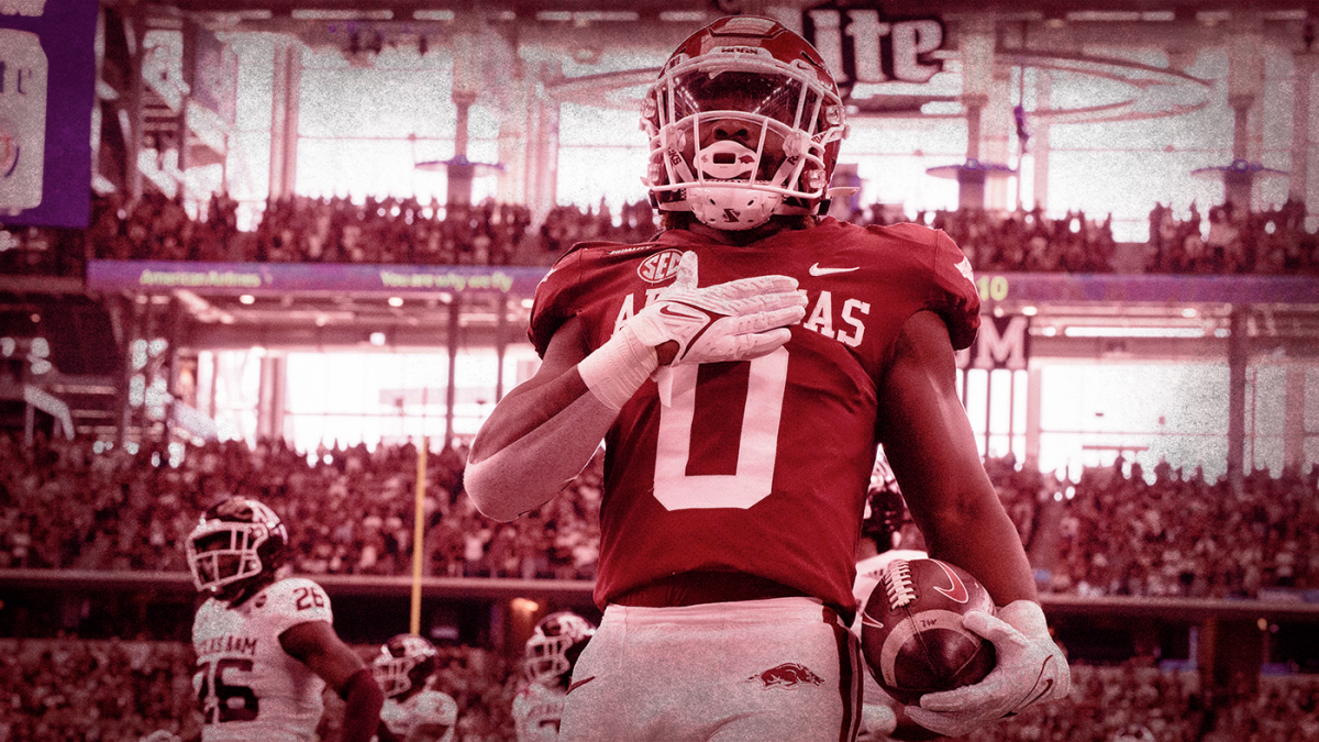 College football rankings: Arkansas rockets into top five, Clemson falls out of top 25 in CBS Sports 130