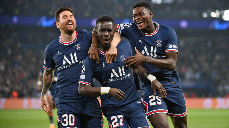 gettyimages-1235559099-messi-gana-mendes-psg-goal-2022-ucl-group-1400.jpg