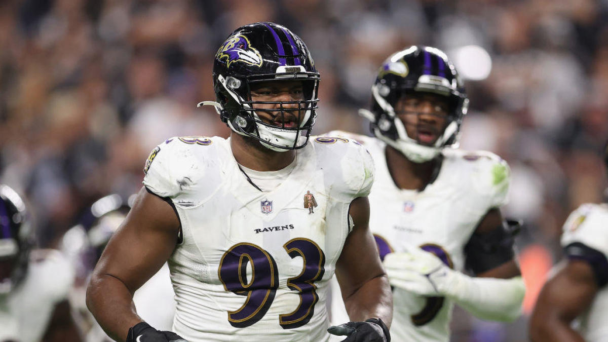 Calais Campbell says Ravens have 'special' qualities to overcome injuries, stand tall in competitive AFC North - CBS Sports