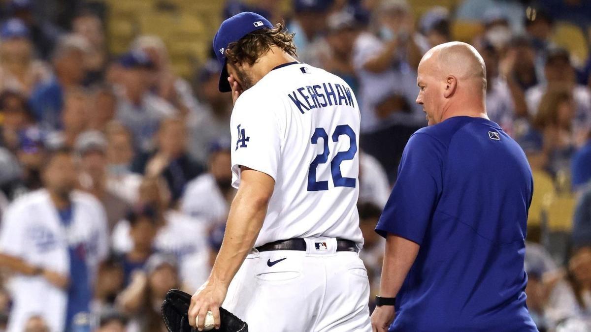 Clayton Kershaw de los Dodgers sale del juego en la segunda entrada por molestias en el antebrazo izquierdo