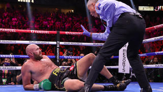 Tyson Fury vs. Deontay Wilder 3: Photos show epic knockdowns and finish of all-timer at heavyweight - CBSSports.com