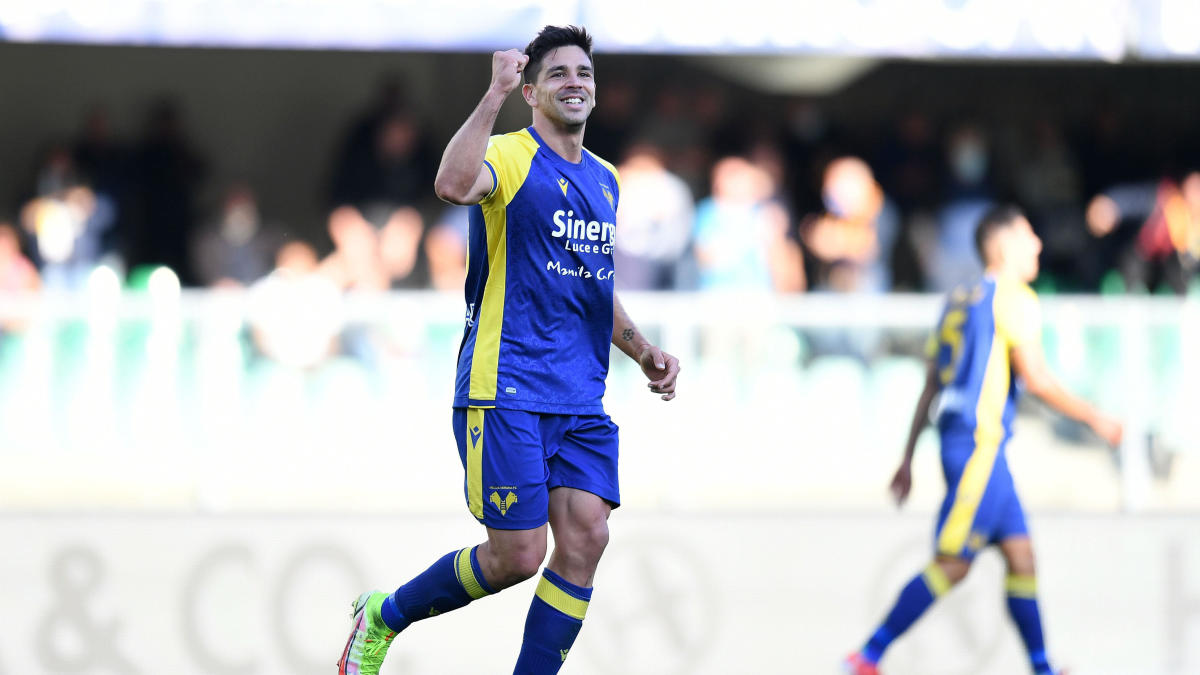 Giovanni Simeone has career day for Hellas Verona, scores four goals to sink Lazio in Serie A